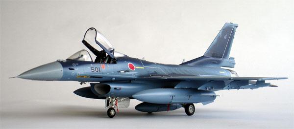 F-2 model 1/32