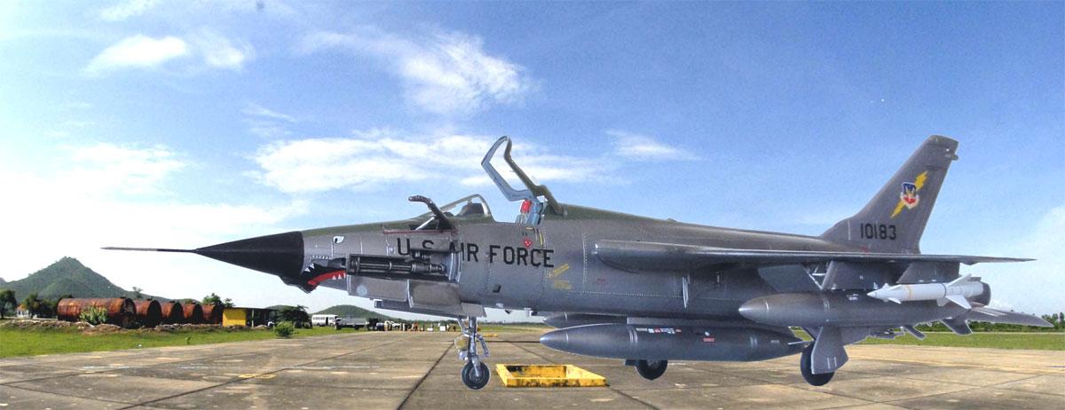 F 105 Thunderchief Models 1 72
