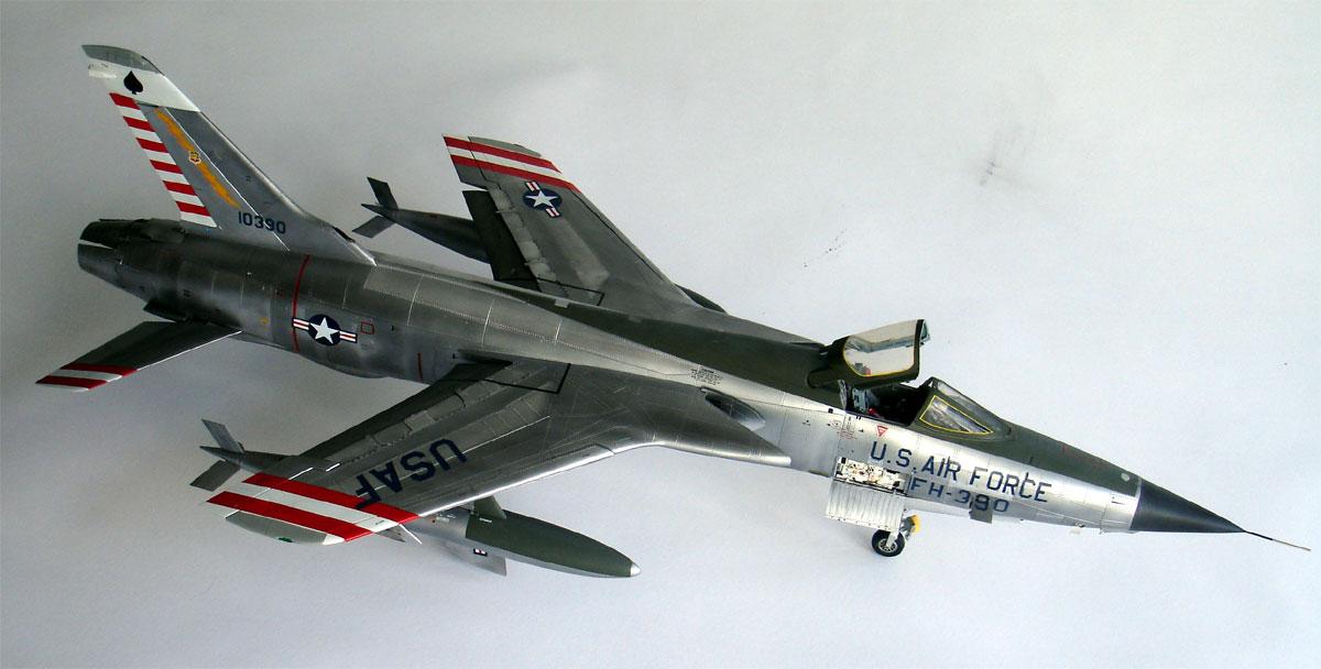 F 105d Thunderchief Model 1 32